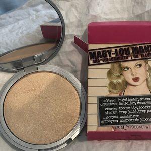 The balm Mary loumanizer highlights and shadow